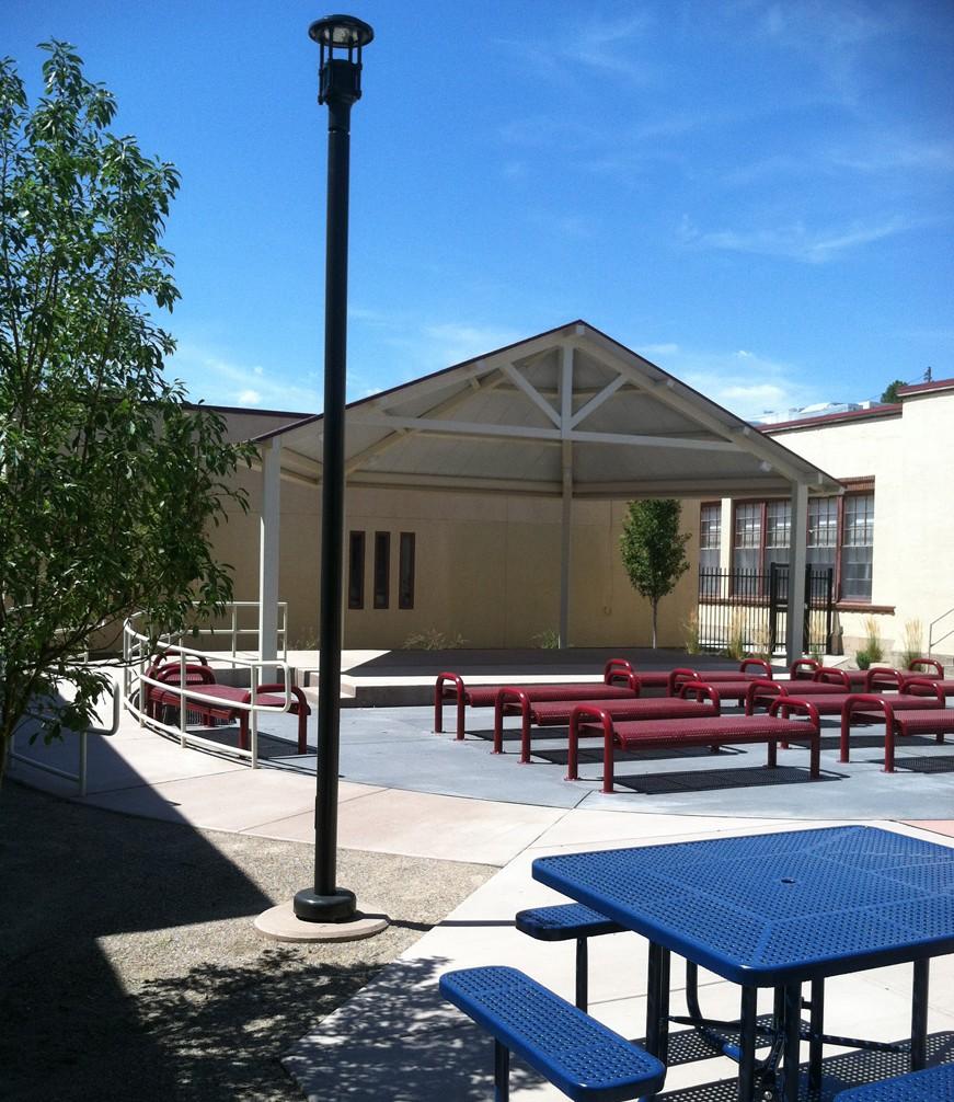 WhittierES-Courtyard1